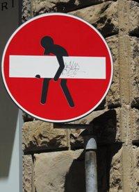 Graffito su un divieto d'accesso