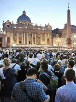 Cristiani in Piazza San Pietro (Roma)